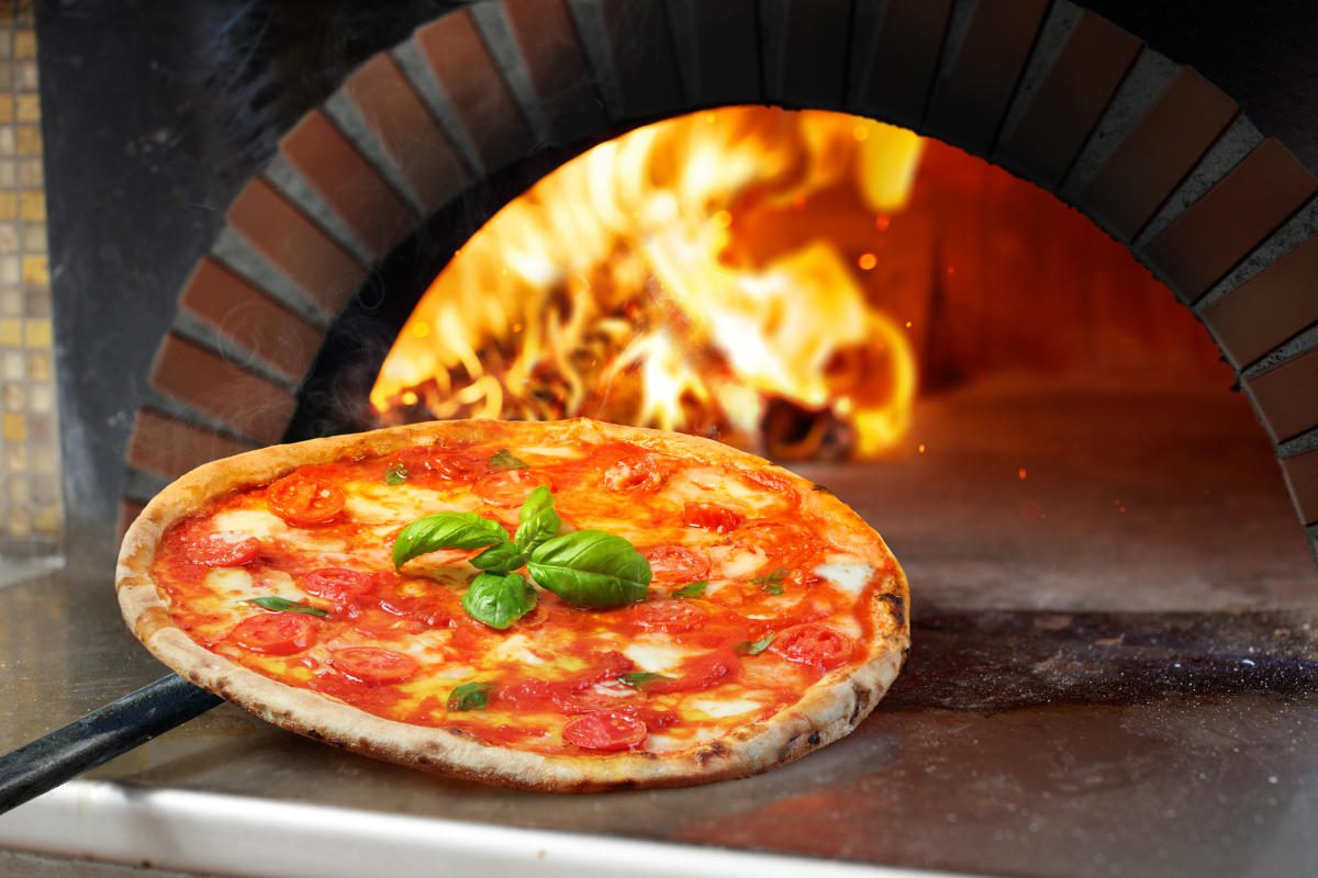 What to Look For When Buying a Pizza Oven